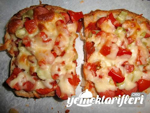 ekmek pizzasi