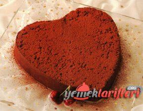 Çikolatalı Acıbadem Pastası