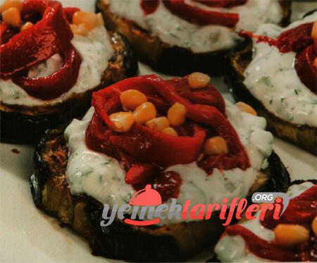 Kırmızı Biberli Patlıcan Dilimleri