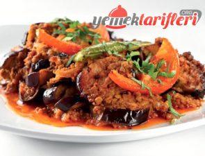Fırında Patlıcan Musakka Tarifi
