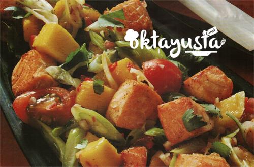 mangolu-somon-salatasi